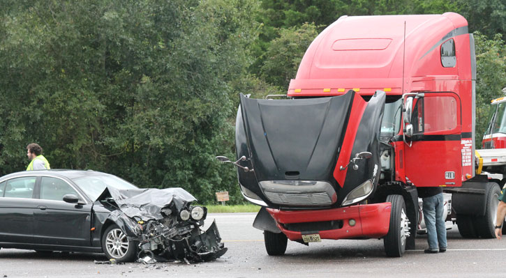 Understanding the Differences Between Car Accidents and Trucking Accidents  - Heninger Garrison Davis